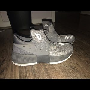 Women s Damian Lillard Shoes on Poshmark c21ee62c69